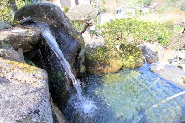 早良区大字西 中古戸建の池の水は川から引いております!