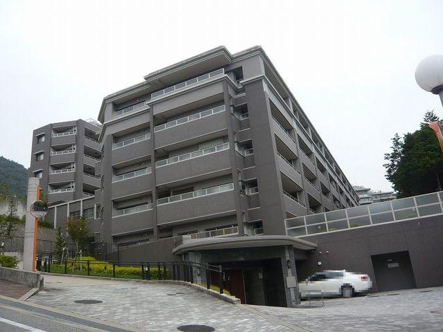ネバ-ランドシエル箕面ロワイヤル