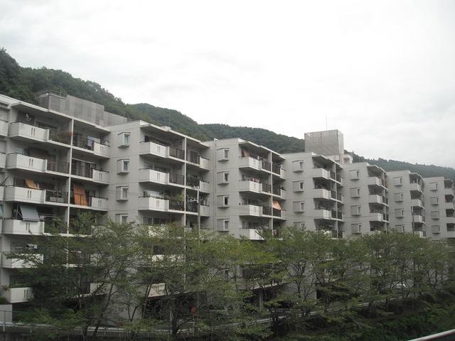 サンロイヤル池田バ-ドヒルズ 1号館