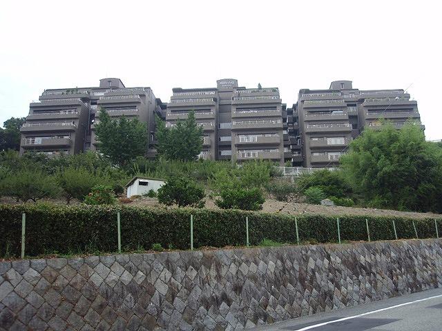 メロディ-ハイム池田五月山ヒルズビュ-