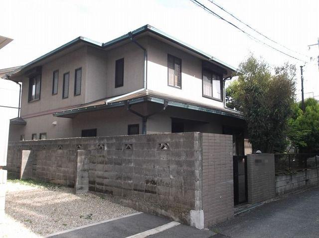 大阪府池田市桃園
