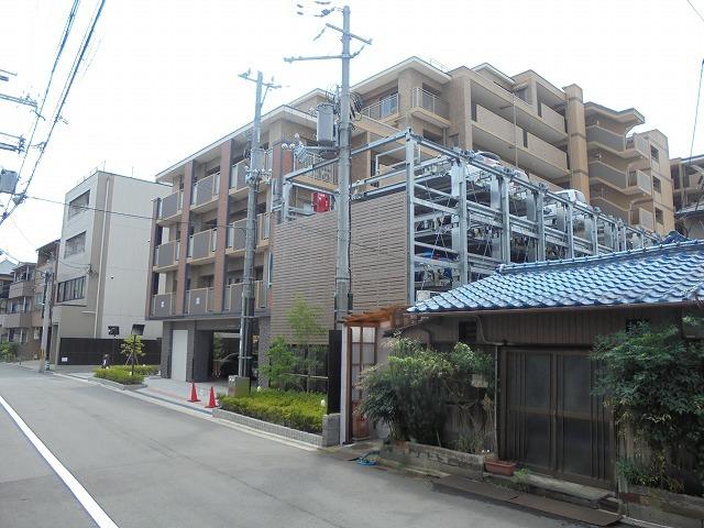 パデシオン伏見駅前