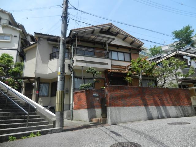 兵庫県宝塚市中山荘園