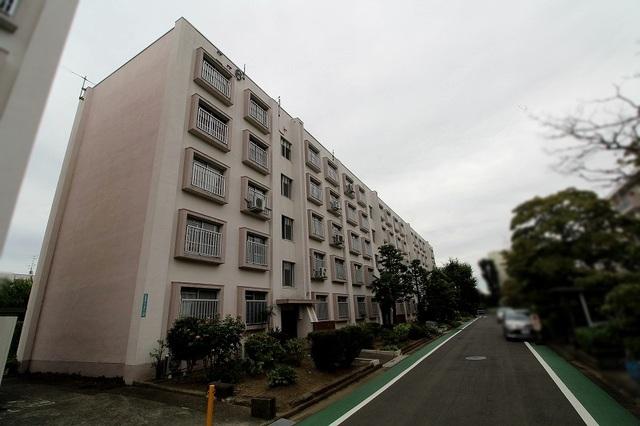 多摩川住宅ニ-6号棟