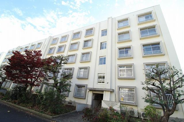 多摩川住宅 ホ-10号棟
