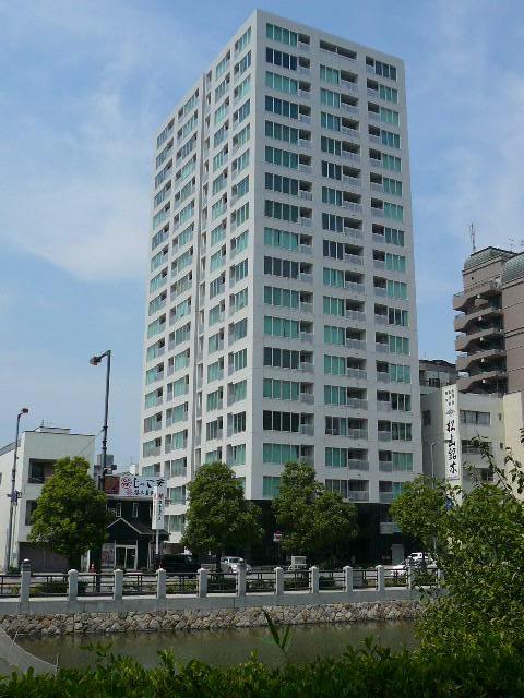 シティタワ-松山西堀端