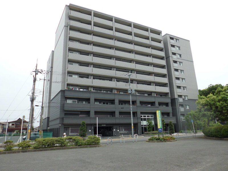 エスリ-ド高田駅前