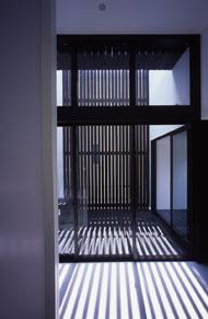 建築家の間取りから|vol.08 切妻屋根のシンプルスタイル |【建築家O-uccino(オウチーノ)】