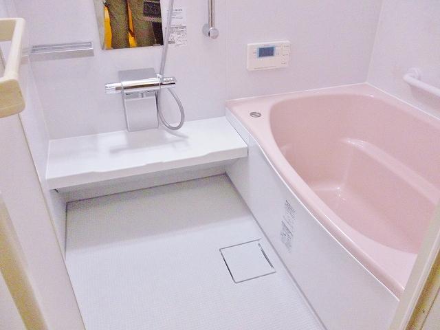 ピカピカのお風呂です。