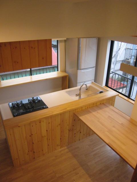 キッチン キッチン ストック 収納 : ... ぬくもりの温かみあるキッチン