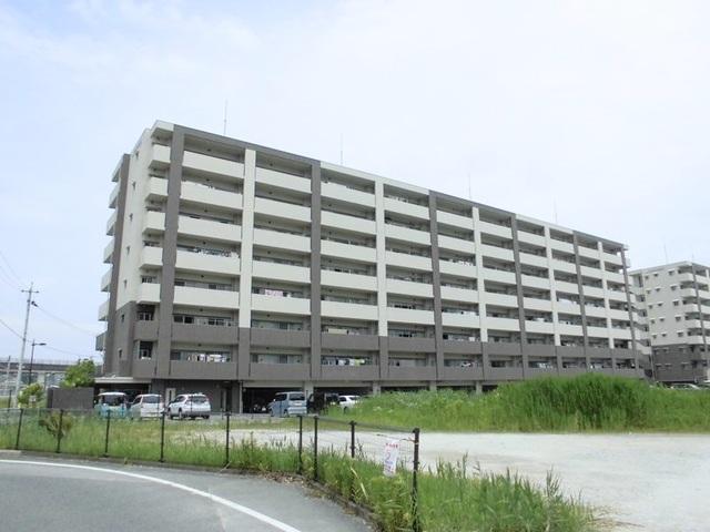 アルファステイツ新飯塚駅前